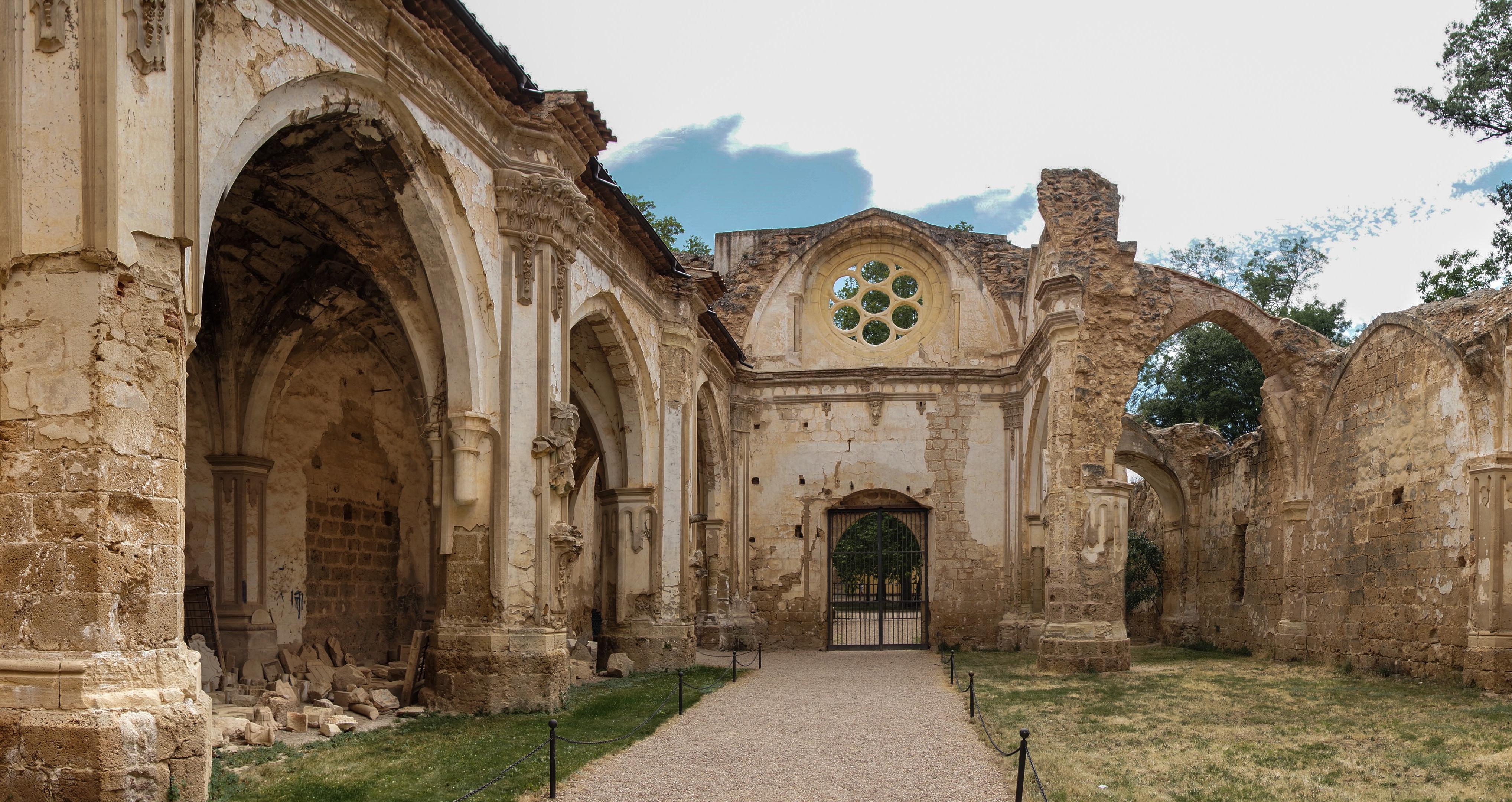 El Monasterio De Piedra