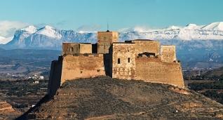 castillo-de-monzc3b3n.jpg